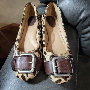 Ladies Fossil real fur ballet flats size 8.5